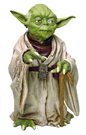 star-wars-statue-yoda